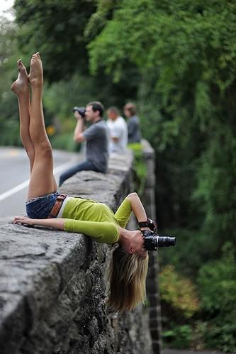 Дівчина з фотоапаратом