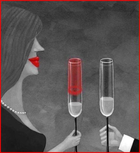При романтичній вечері дівчина взяла високий бокал шампанського і ледь не всього взяла до рота. Початок багатообіцяючий...
