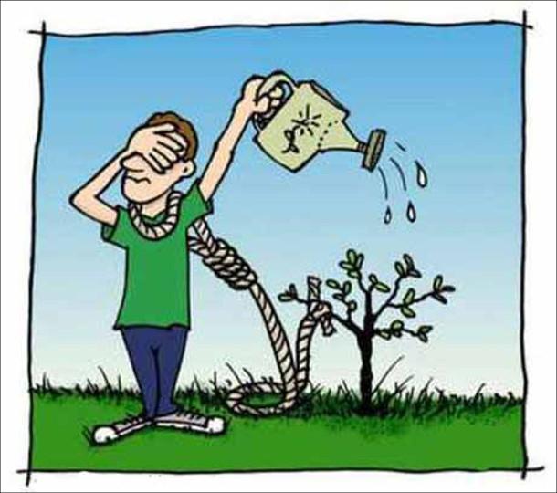 Чоловік хоче повіситись на дереві. Надів на шию петлю прив'язав до маленького дерева і лійкою поливає, щоб дерево виросло